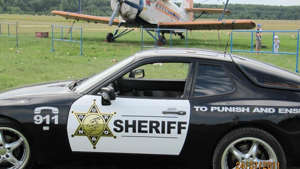 Когда бедный человек воровал еду, этот заместитель шерифа не арестовал его, когда поймал. Вместо этого он сделал что-то удивительное!