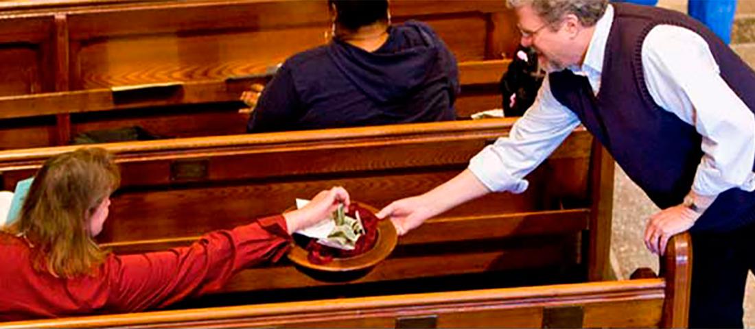 Каждую неделю женщина делает пожертвование для церкви в размере 1000 долларов. Но как она объяснила это – бесценно!