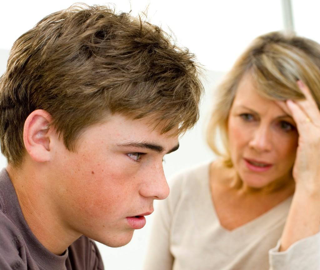 Она была поражена тем, что этот подросток обращался с ней, как с куском мяса. Но никогда не ожидала такого ответа от его мамы!