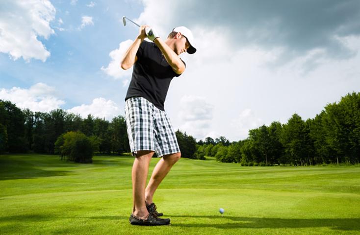 Мужчина по имени Джордж только получил новую работу и отправился играть в гольф со своими сослуживцами. Это золото!