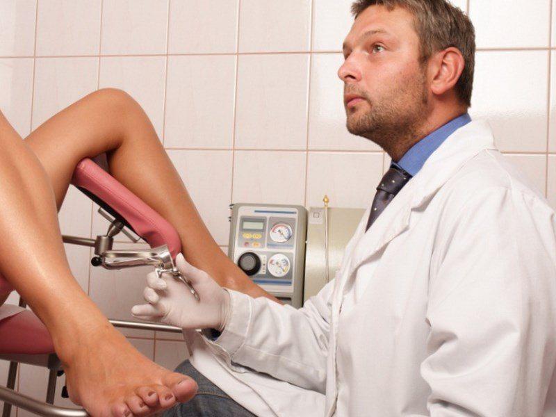 На приеме у гинеколога, врач неожиданно делает странное предложение!
