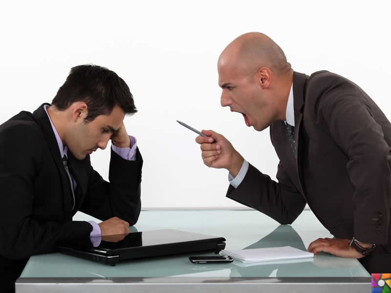 Когда начальник недопонял твоё смс…