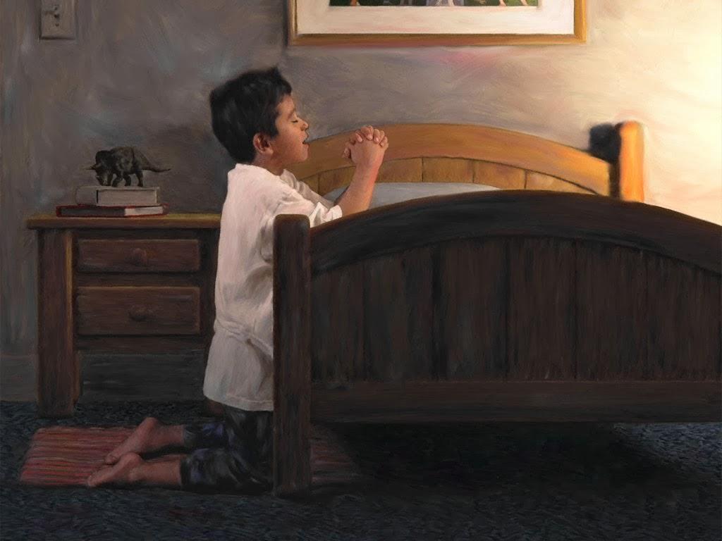 Маленький мальчик говорил свои молитвы так громко, как только мог. Причина — очень смешно!