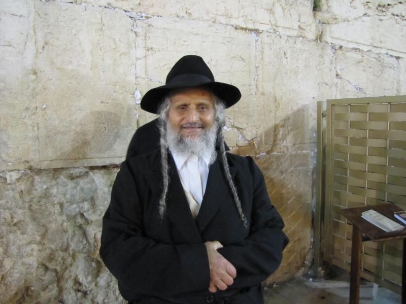 Три пожилых еврея решили обсудить свою интимную жизнь. Это стоит прочесть!