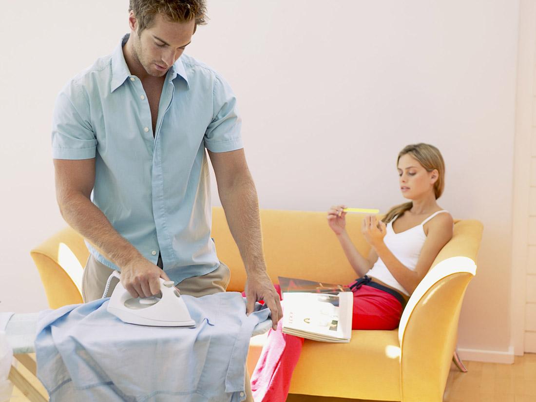 Муж решает стать «мужчиной в доме», но реакция его жены просто идеальна!