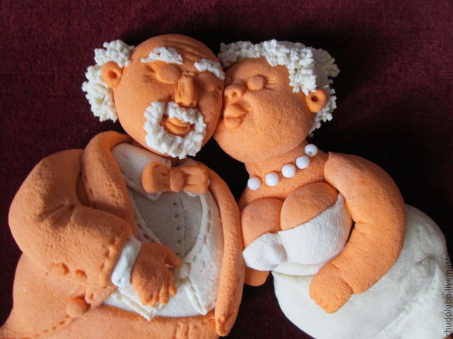 Этот мужчина спросил свою жену, хранила ли она ему верность на протяжении всей их супружеской жизни. Ответ его жены – бесценно!