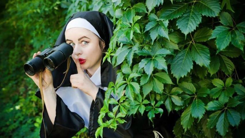 Солдат попросил монахиню защитить его, но то, что она сказала далее, просто сумасшествие!