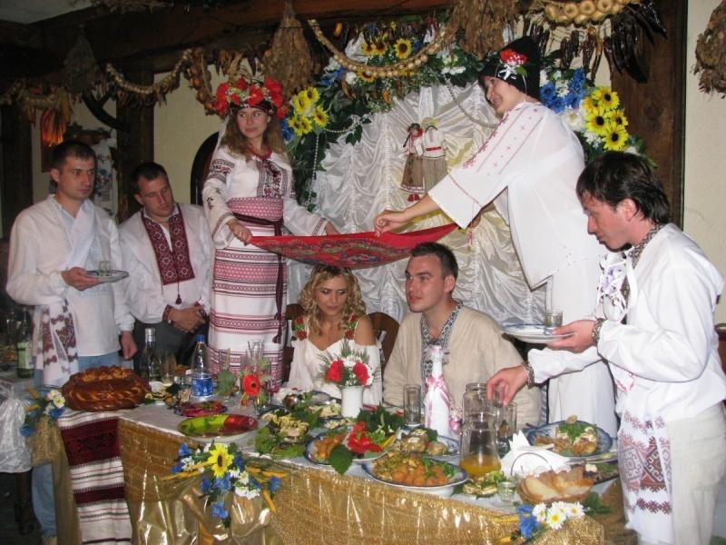 Пьяный жених на свадьбе решил выяснить, кто женится и что за жена!