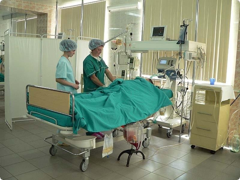Мужика привезли после операции. Причину его паники точно стоит прочесть!