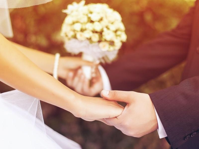 У парня спросили о знакомстве с будущей женой. Его ответ тебя точно рассмешит!