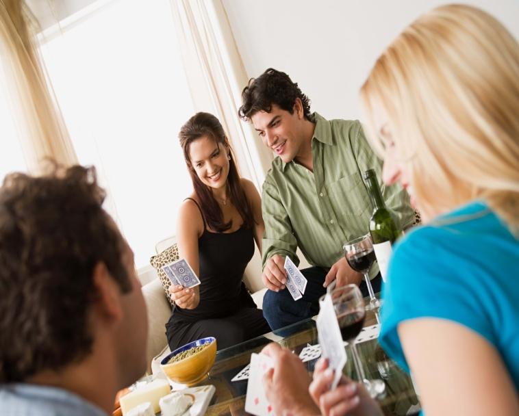 Неверная жена делает другу семьи непристойное предложение, но его ответ – гениально!