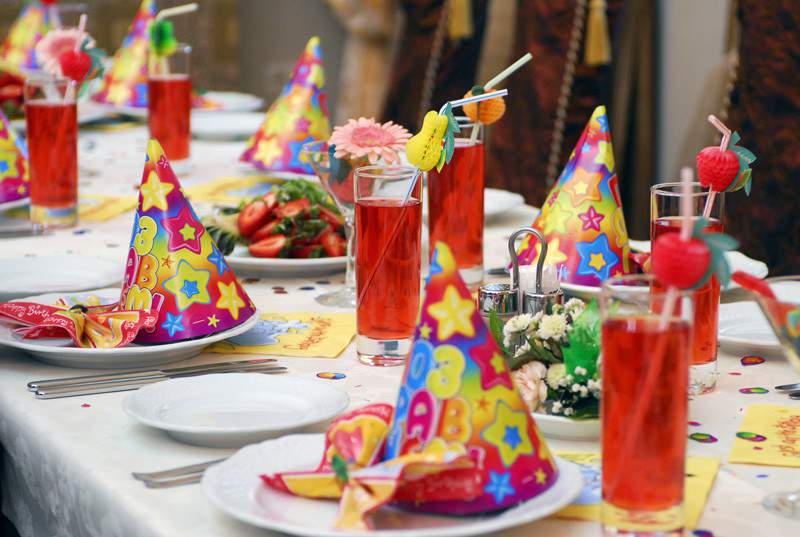 Парень хотел устроить сюрприз для своей девушки на ее день рождения. Но он не ожидал такого!