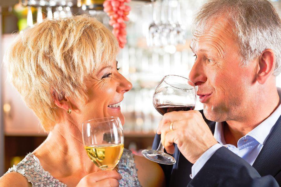 Мужчина отказывается от возможности быть романтичным со своей женой. Что происходит дальше — это гениально!