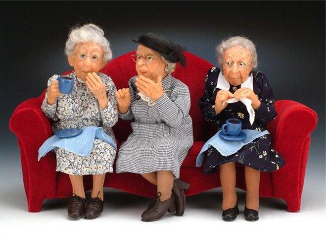 Три дамы делятся историями о старости, но приготовьтесь к тому, что скажет третья леди!