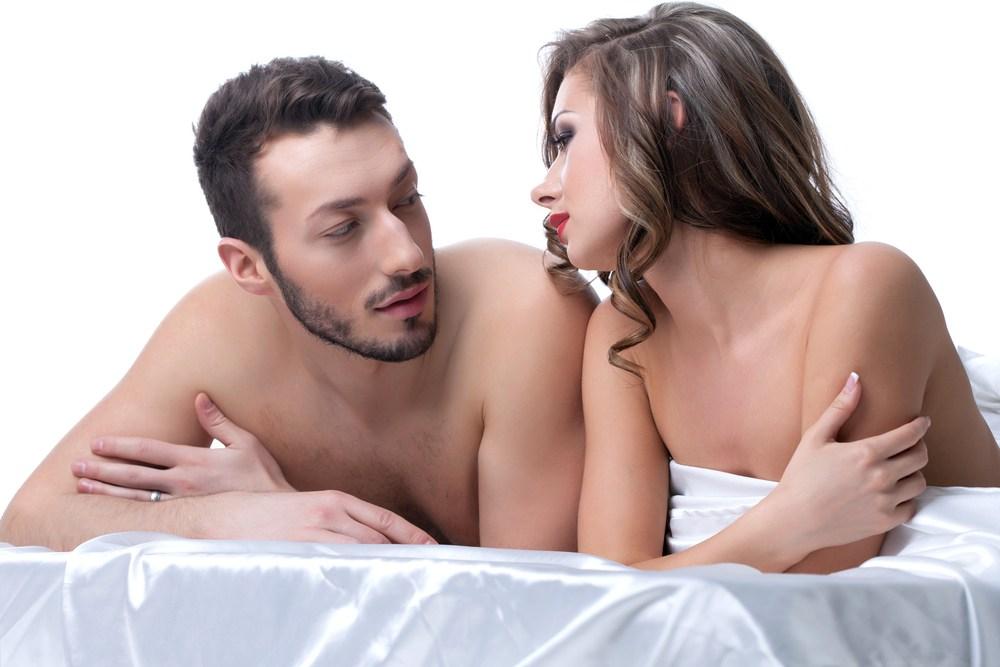 У нее был роман с лучшим другом ее мужа. Но когда звонит телефон – уморительно!