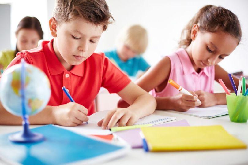 Учитель хотел, чтобы у детей осталось фото на память об их школьных годах. Но ответ этого мальчика – уморительно!