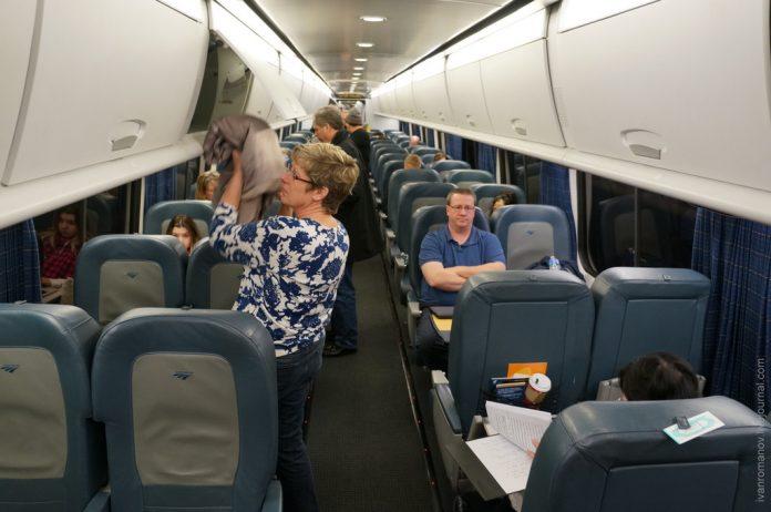 В поезде достал блондинку