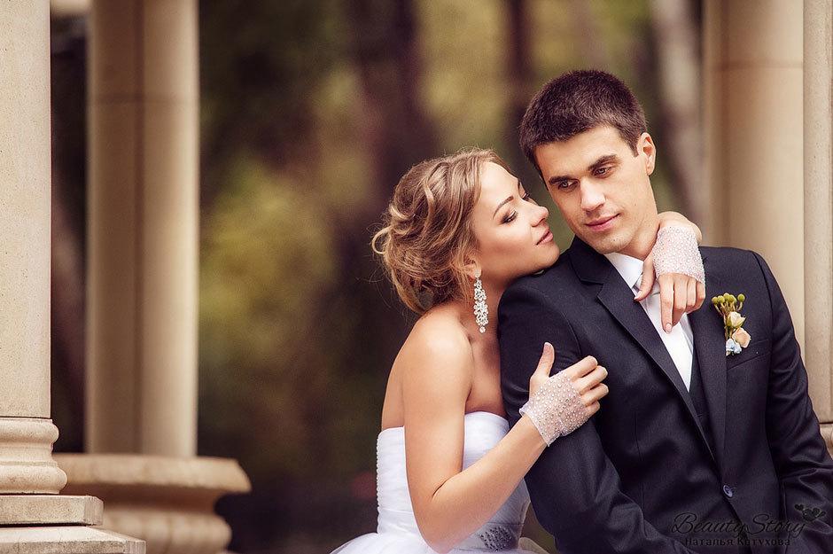 Мужчина получает удар своей жизни после двух недель брака. Это золото!