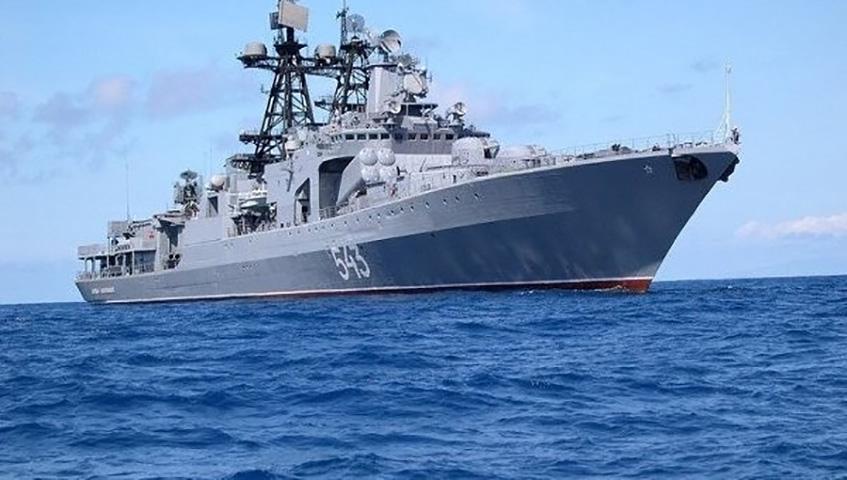 Новобранца военно-морского флота познакомили с отличным способом «выпустить пар», но подождите, пока вы не узнаете, как это работает!