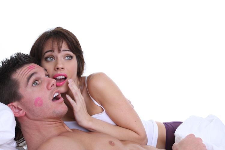 Этот мужчина был убежден, что его жена изменяет ему. Сюрприз, который он планировал для нее — лучшая месть!
