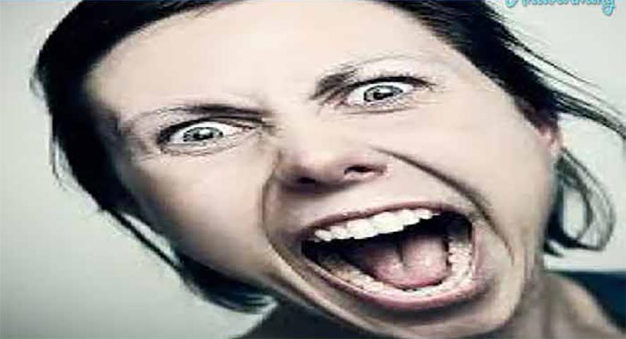 Эта нетерпеливая женщина очень грубо вела себя в кафе. Все об этом знали, но потом произошло это!