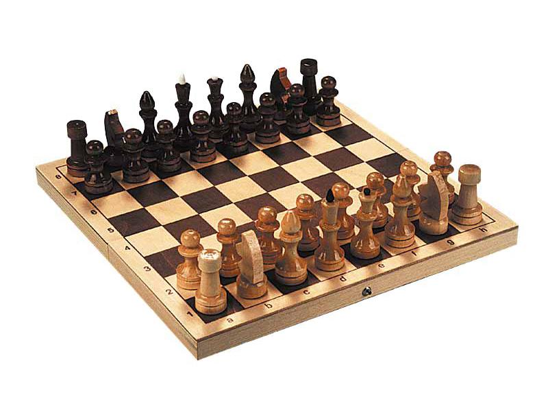 Девчуля как могла играла в шахматы! :)