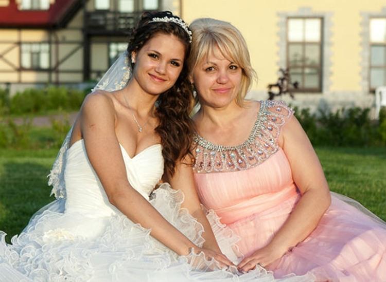 Ее брак разваливался, но потом ее мать заставила ее взглянуть на это. Так мило!