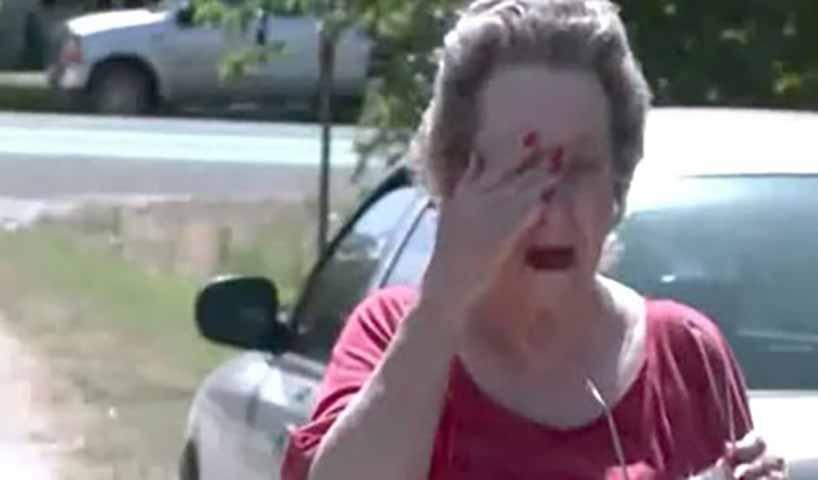 Мальчики прокрались в дом пожилой женщины. Когда она это увидела — она начала рыдать!