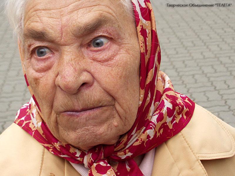 Реакция бабушки на приезд внука была не напрасной!