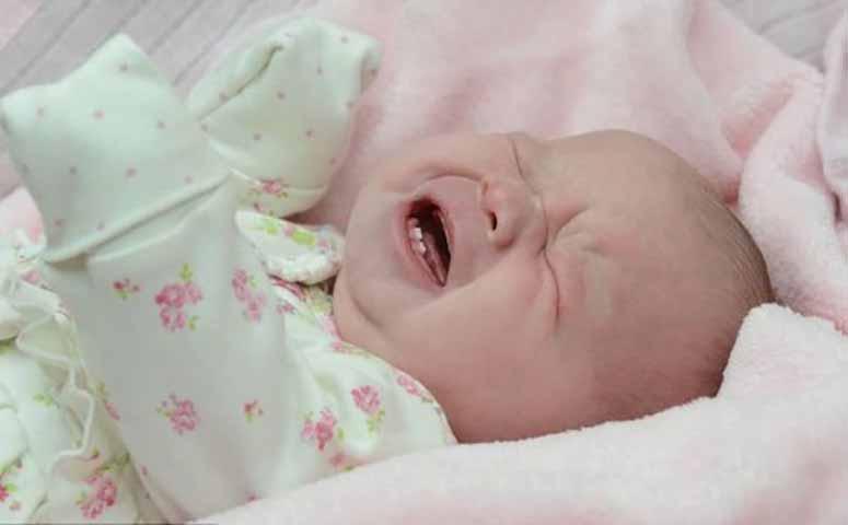Она плакала и злилась на себя, когда ее настоящая мама никогда не хотела признавать ее. Но потом произошло это!