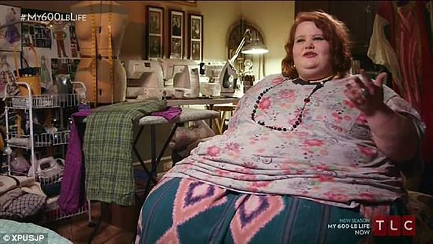 Она потеряла 455 фунтов за 2 года, и ее перевоплощение невероятно!
