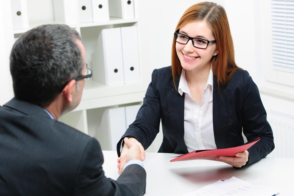 Этот менеджер задает простой вопрос на собеседовании, но она не ожидала такого ответа!