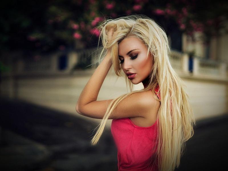 Ответ блондинки на произошедшую ситуацию вас поразит!