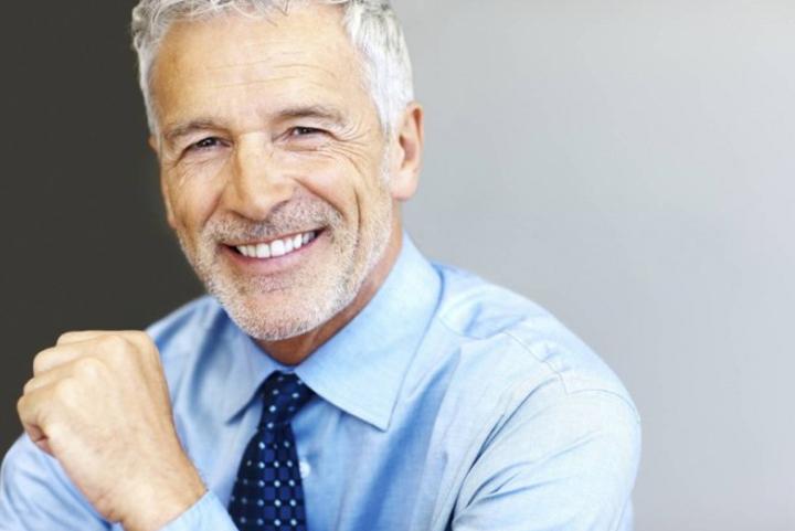 У богатого пожилого мужчины спросили, как он построил свою бизнес-империю. Ответ? Весело!
