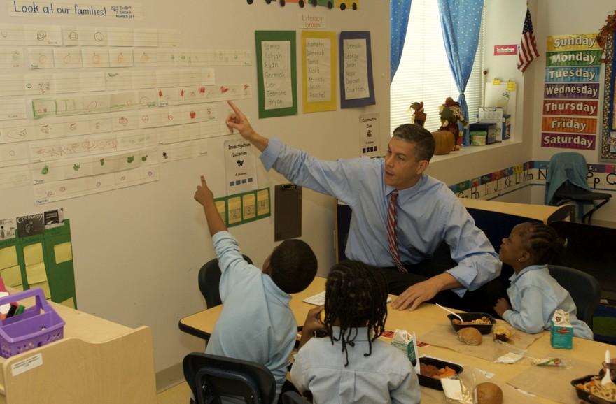 Учитель воскресной школы проверяет знание своих учеников. Но он никогда не ожидал этого!