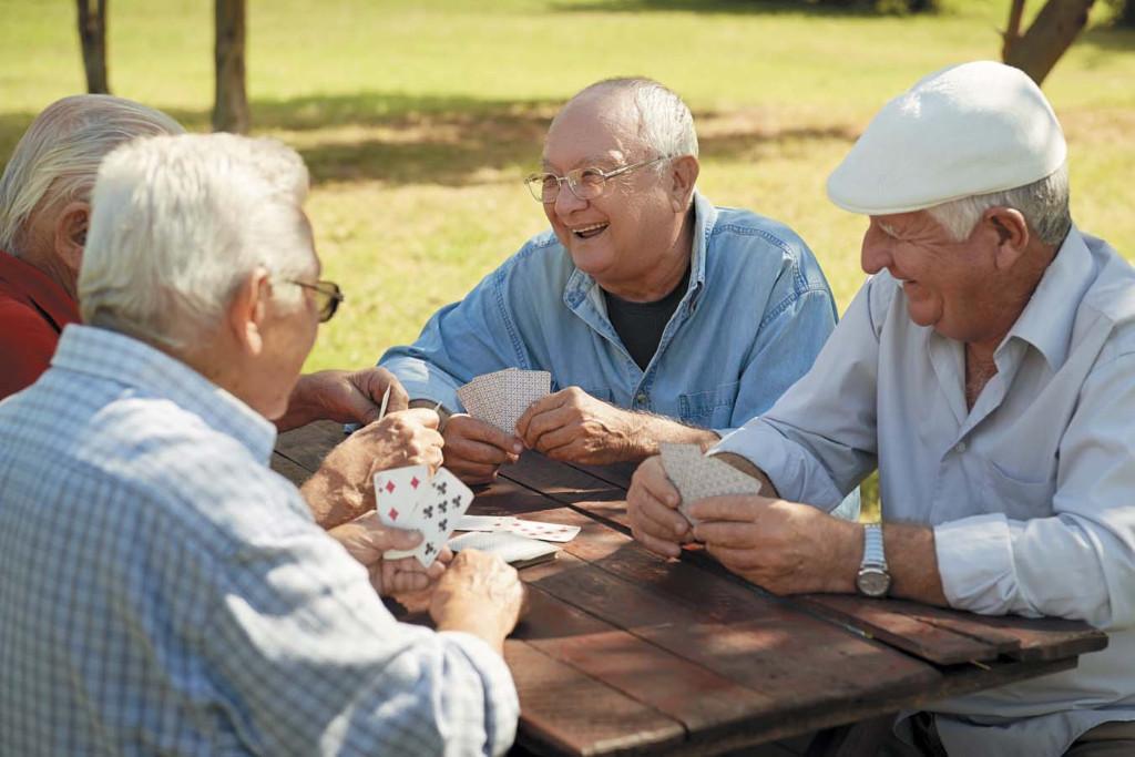 Двое пожилых людей решили пожениться, но их разговор на следующее утро – весело!