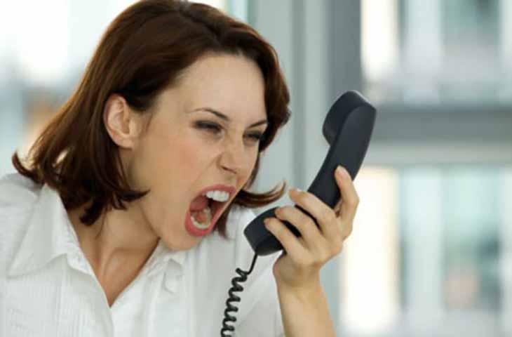 Эта женщина умоляла отель пойти на уступки, но они не слушали ее. Поэтому она сделала это!