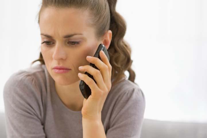 Жена звонит в бар, чтобы проверить, говорит ли ее муж правду. Но она никогда не ожидала услышать это!