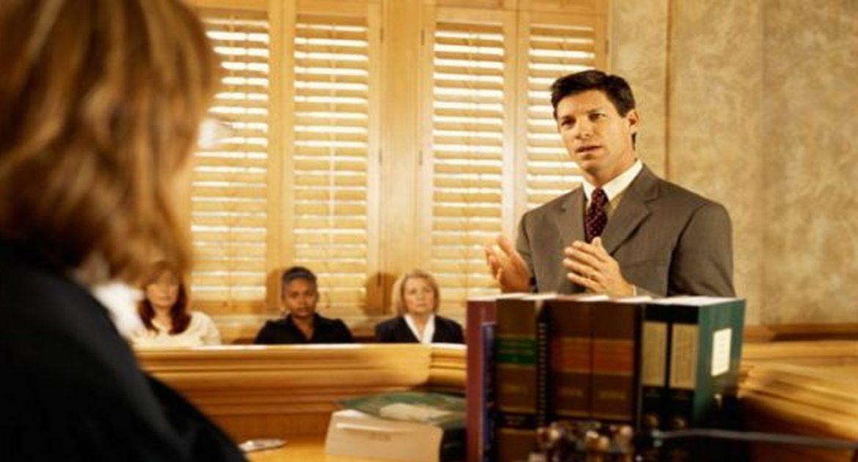 Это фактические допросы, которые имели место в судах. Это бесценно!