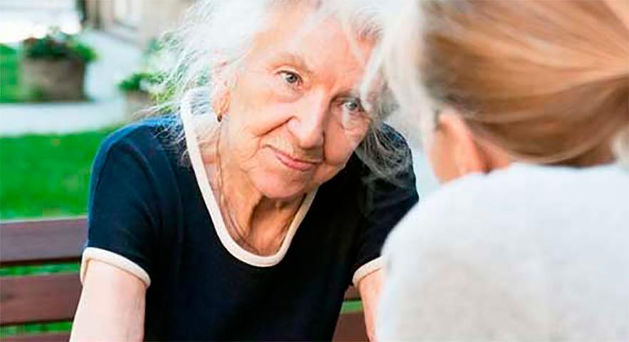 Она была потрясена, когда бабушка объяснила, как умер дедушка. Но она никогда не ожидала этого!