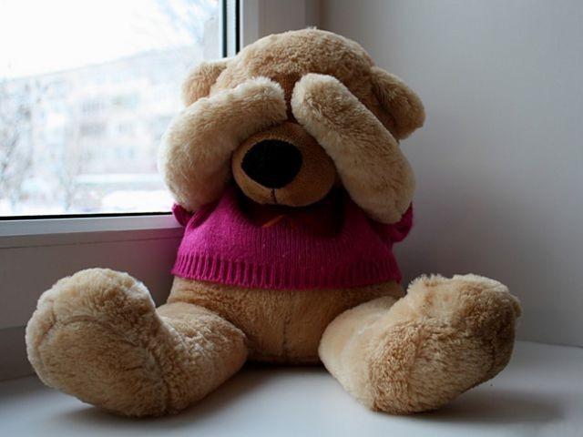 Он не хотел покупать эту дорогую игрушку, которую просила его дочь. Но едва сдержал слезы, когда она сказала это!