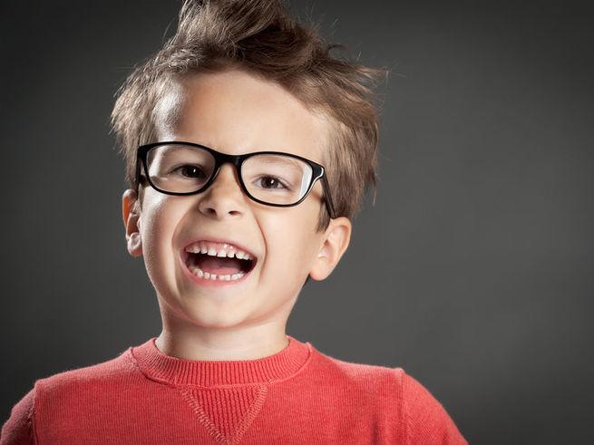 Старшеклассница стеснялась разговаривать с парнем своей мечты. Но, когда об этом узнал 6-летний парень – это шок!