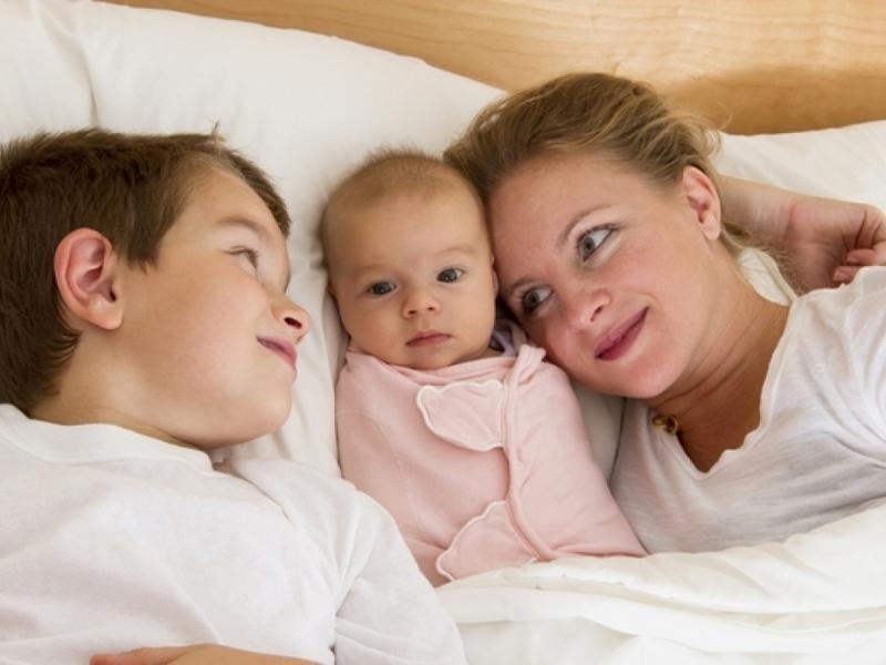 Их мама смогла уйти от неверного отца и посвятить сыновьям всю жизнь. Они смогли достойно ответить!