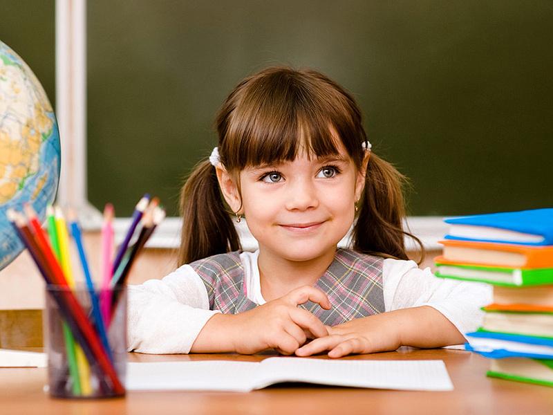 Учитель сказал ученице, что Бога не существует. Ее ответ был бесценен!