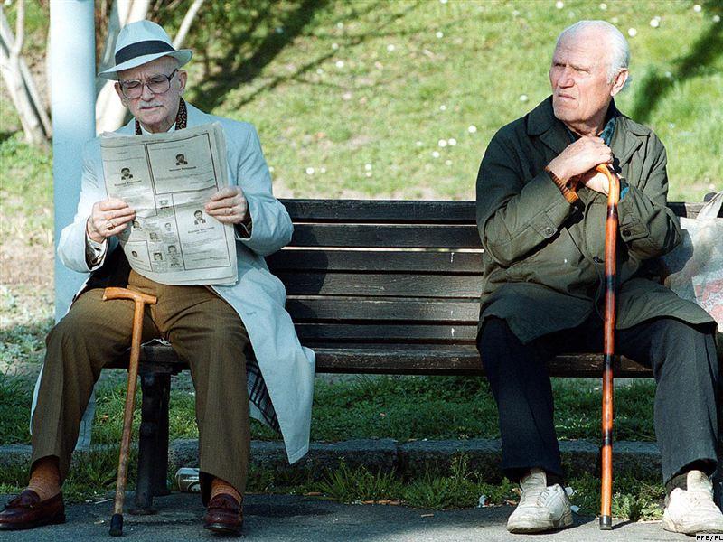 Пожилой человек потерял работу, но подождите, пока вы не услышите его объяснение произошедшего!