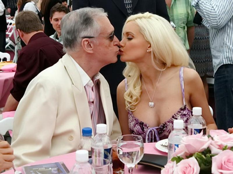 Пожилой мужчина женится на молодой женщине, есть только послушай, что произошло в первую брачную ночь!