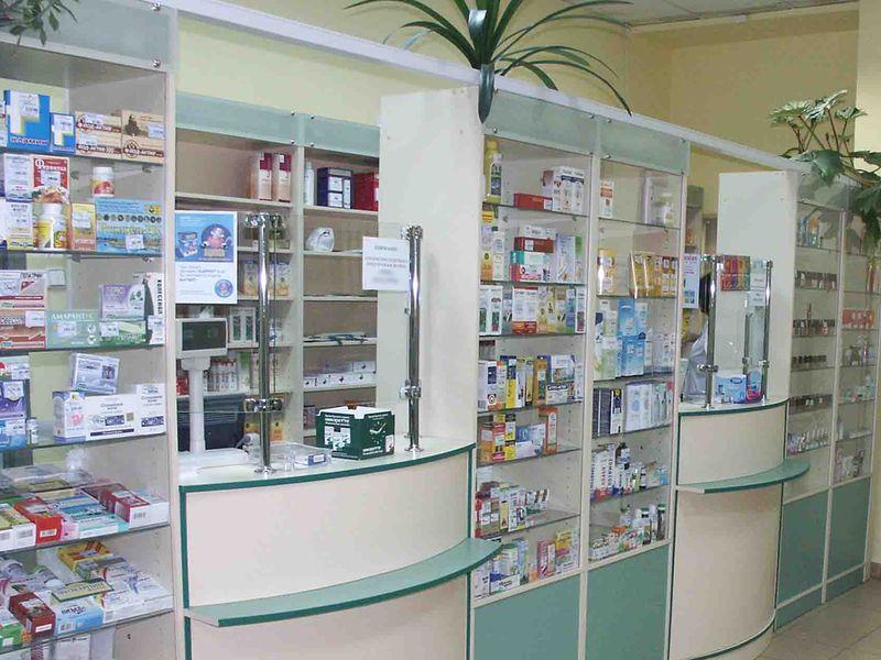 Этот несчастный наркоман пришел в аптеку за лекарством. То, что произошло дальше стоит прочесть!