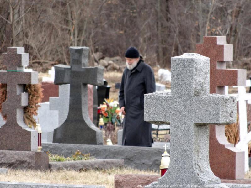 Женщина умерла, родив за жизнь 25 детей. Только послушай, что говорили на ее похоронах!