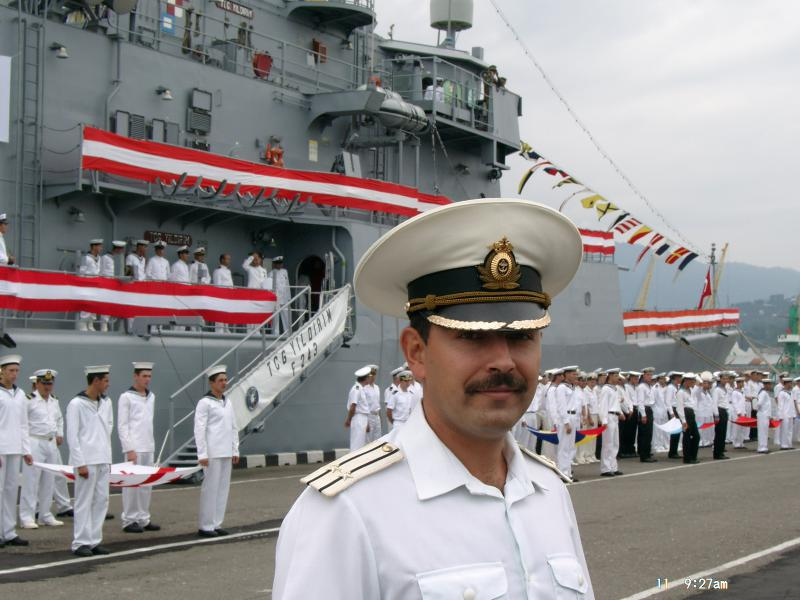 Командир флота повеселил на совещании всех!