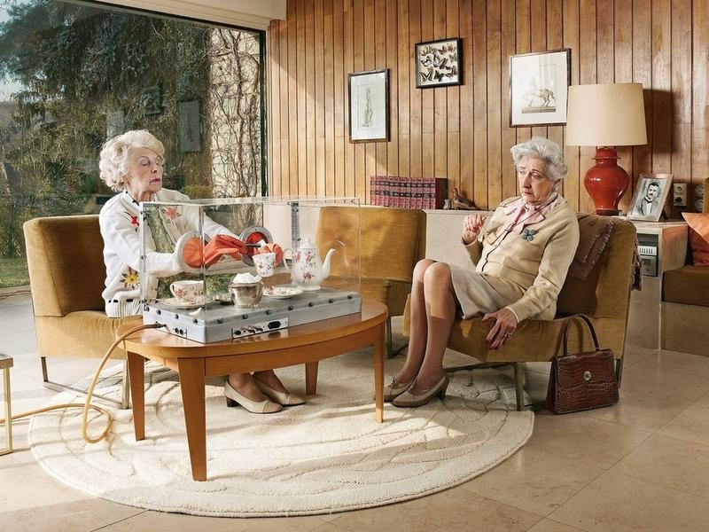Пожилая дама попросила подругу об одолжении, но она никогда не представляла, что это будет так!